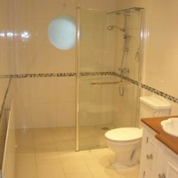 |Easy to clean wetroom|Wet room gives you more space to shower|Stylish look to your bathroom|Stylish look to your bathroom|Wet room in a confined space